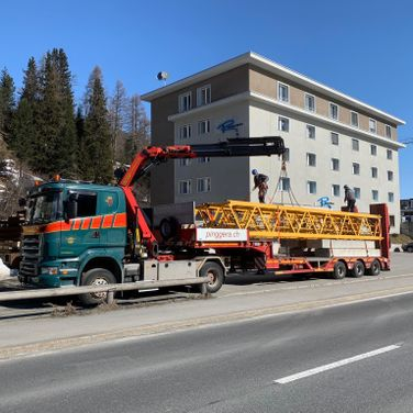 Kran Engadin Pinggera Transport Bever Spezialtransport
