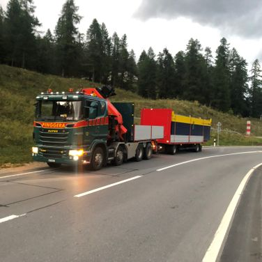 Pinggera Transport Engadin Kran Spezialtransport Sondertransport