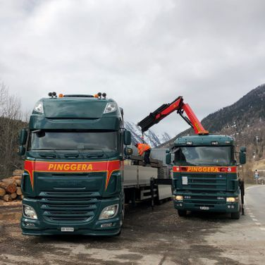 Pinggera Transport Engadin Kran Baustellentransport