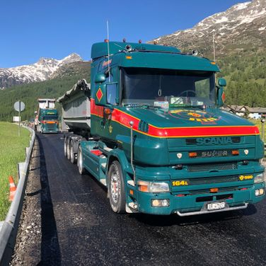 Pinggera Transport Engadin Belagtransport Kipper Scania T