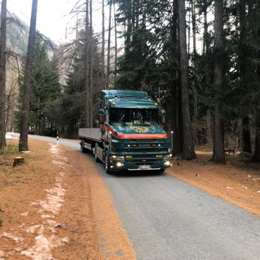 Pinggera Transport Engadin Kipper Die Legende Scania T
